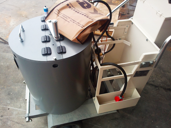 DY-HPT thermo machine in the delivery area