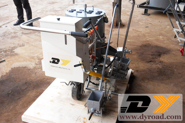 DY-HPT road lines coating machine sent to phillipines