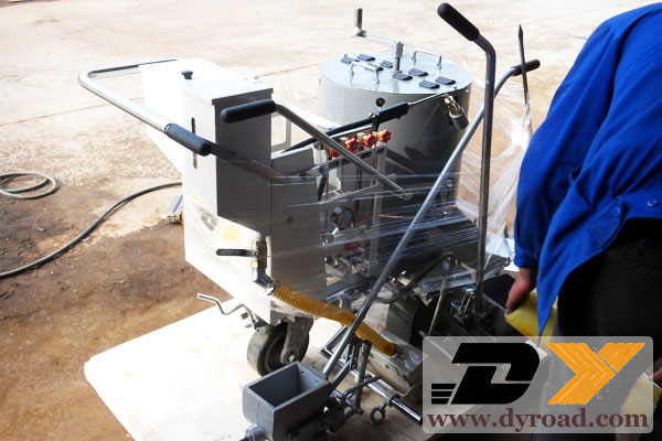 DY-HPT road lines coating machine packed